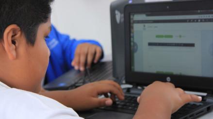 La revolución tecnológica en las aulas: Una nueva mirada educativa