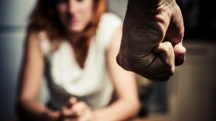 La violencia contra la mujer es un problema sociocultural