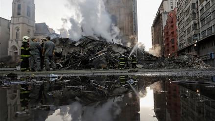 Bomberos buscan a desaparecidos tras derrumbe de un edificio en Sao Paulo