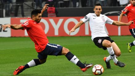 Independiente ganó 2-1 a Corinthians y revive en la Libertadores