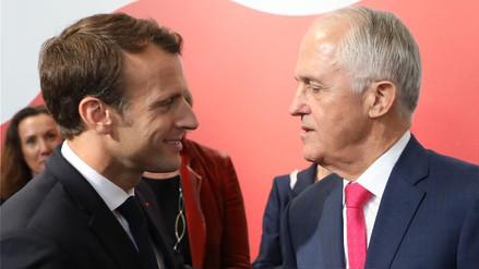 """Macron se ríe de su error de llamar """"deliciosa"""" a la esposa del primer ministro de Australia"""