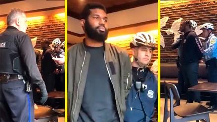 Víctimas de racismo en Starbucks recibirán solo un dólar de compensación
