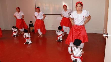 Jóvenes se preparan para participar en Mundial de Robótica