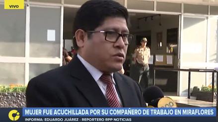 Hombre que acuchilló a compañera de trabajo tiene problemas de salud mental, según abogado