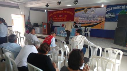 Chiclayo: Transportistas lucharán para que minivan circule cinco años más
