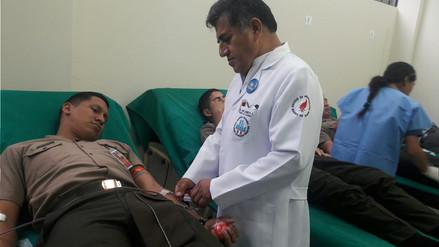 Efectivos del Ejército donaron sangre para Eyvi Agreda en el Hospital Almenara