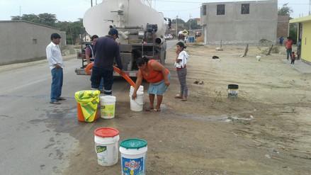 Pobladores de Mórrope se resisten a recibir agua de cisternas y embotellada