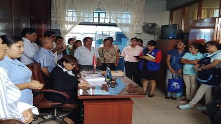 Defensoría del Pueblo intervino por colapso de desagües en colegio Aplicación