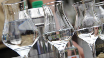 MEF subió impuestos a bebidas alcohólicas, ¿qué pasa con el Pisco?