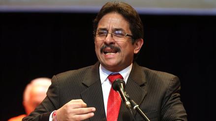 Enrique Cornejo anuncia precandidatura a la alcaldía de Lima por el partido Democracia Directa