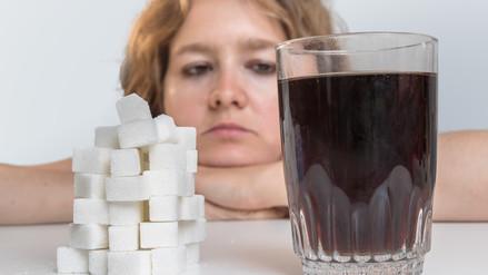 El consumo excesivo de bebidas azucaradas afecta el corazón, hígado y cerebro