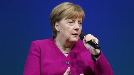 Merkel criticó a EE.UU. por abandonar unilateralmente el pacto nuclear con Irán