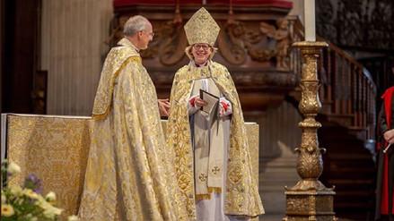 La Iglesia de Inglaterra ordena a la primera obispa de Londres