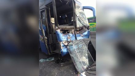 Accidente de tránsito en la carretera Panamericana Norte en Ascope