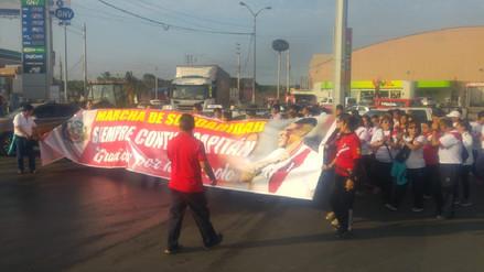 Hinchas trujillanos marchan en solidaridad con Paolo Guerrero