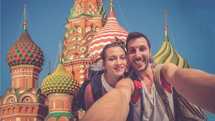 ¿Te vas a Rusia? Formas de mantenerte comunicado a distancia