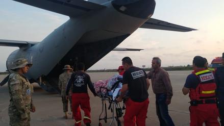 Jóvenes que sufrieron accidente fueron llevados a Lima en vuelo humanitario