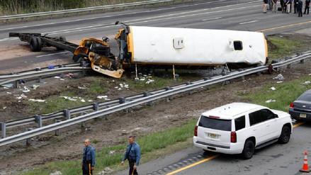 Al menos dos muertos y 43 heridos en accidente de un bus escolar en EE.UU.
