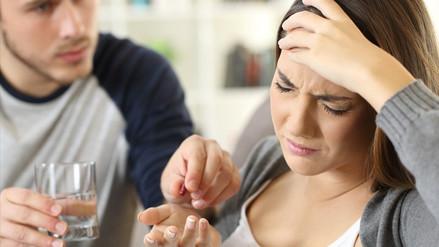 FDA aprueba costoso medicamento para prevenir la migraña