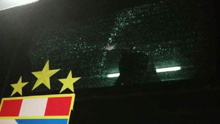 Bus de Sporting Cristal fue apedreado por barristas del Sport Boys
