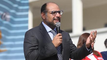 Ministro Alfaro: Aumento en remuneraciones a docentes está condicionado a los ingresos del Estado