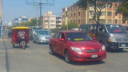 Transportistas alistan paro nacional por alza de precios de combustibles