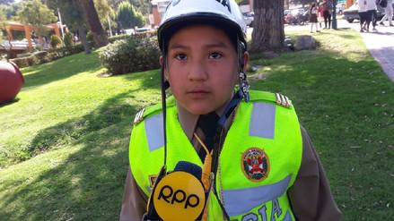 Arequipa: Policía cumplió el sueño de un niño que quería conducir el tránsito
