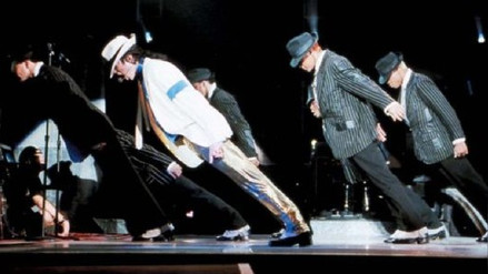 Científicos explican cómo Michael Jackson logró desafiar la gravedad en