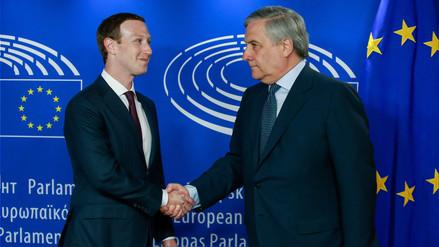 Zuckerberg pide perdón en Parlamento Europeo por filtración masiva de datos