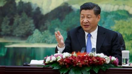 Una profesora en China fue despedida por cuestionar a su presidente en clase
