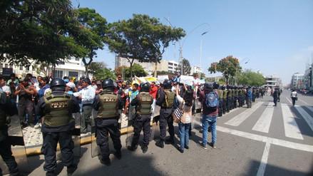 Mototaxistas no llegan a acuerdo con alcalde de Chiclayo y retoman protestas