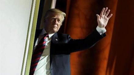 Trump podría extender su visita al Reino Unido para jugar al golf