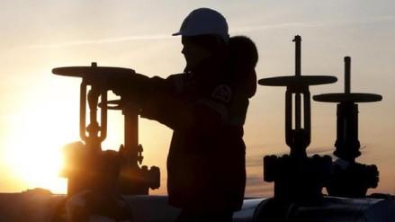 Gremios empresariales critican derogación de decretos de lotes petroleros
