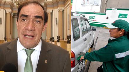 Lescano presentará proyecto de ley para derogar alza del ISC a combustibles