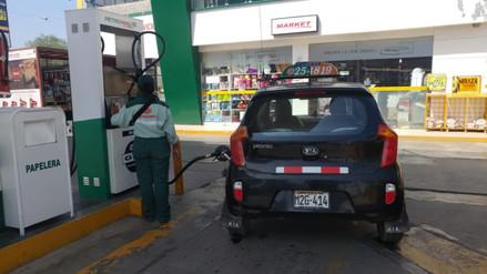 Chiclayo: alza de combustible genera malestar en transportistas