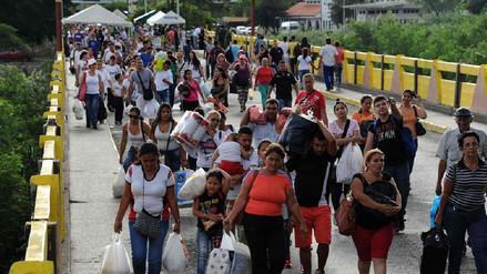 Estados Unidos ofrece ayuda a Colombia ante la llegada de más refugiados venezolanos
