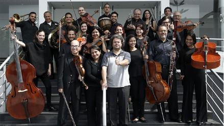 Músicos venezolanos inmigrantes crean orquesta sinfónica en el Perú