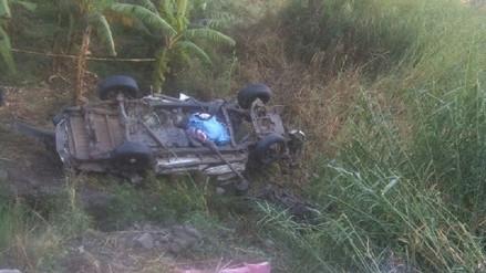 Camioneta cae a barranco y cinco personas mueren en Arequipa