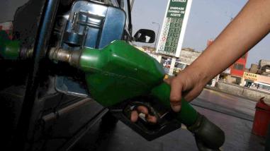 Opecu: Precios de combustibles de referencia subieron hasta 2.92%