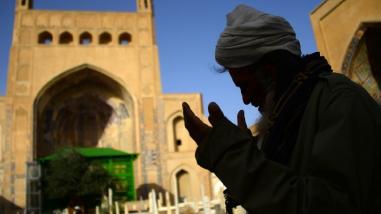 Estudio | Los cristianos son más propensos a criticar inmigrantes y musulmanes