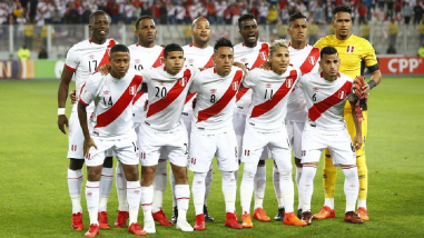 Estos tres jugadores de la Selección Peruana fueron destacados por Escocia