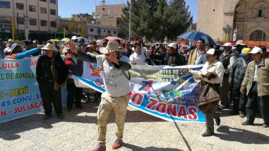 Pobladores de Juliaca acataron un paro de 48 horas por falta de obras