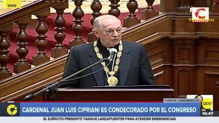 El Congreso condecoró al cardenal Juan Luis Cipriani