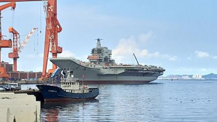 El primer portaaviones fabricado por China ya está listo para combatir