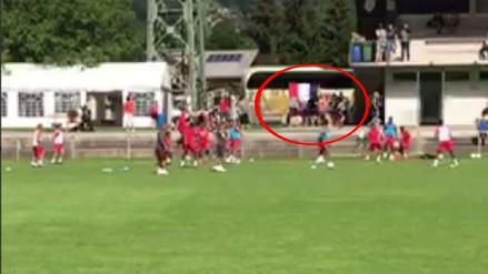 Franceses alientan a su equipo durante entrenamiento de Selección Peruana