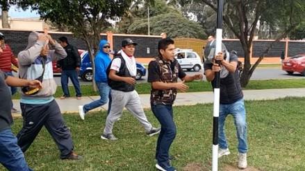 Mototaxistas de Chiclayo realizan desmanes en contra de ordenanza municipal