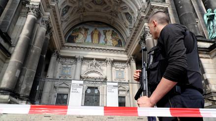 Tiroteo en la catedral de Berlín dejó dos heridos