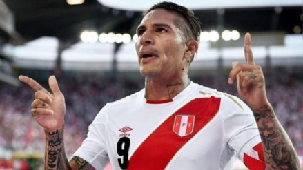 FIFA destacó a Paolo Guerrero como el mejor jugador de la fecha