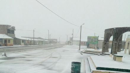 Paso restringido en la carretera Arequipa - Puno por nevadas