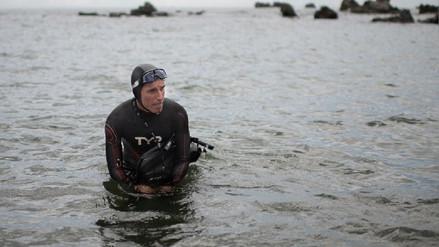 Un nadador partió de Japón hacia EE.UU. con la meta de cruzar el Océano Pacífico en seis meses